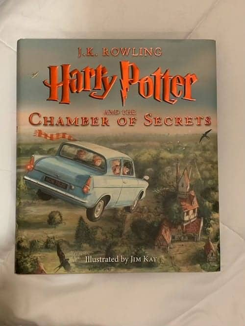 Harry Potter and the Chamber of Secrets Illustrated Book