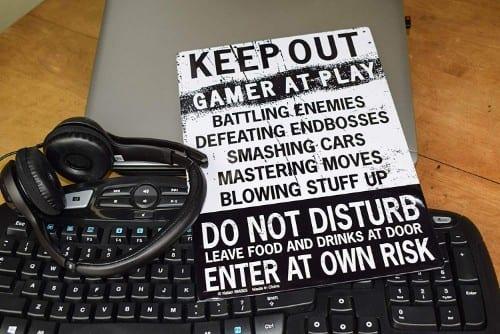 gamer tin sign